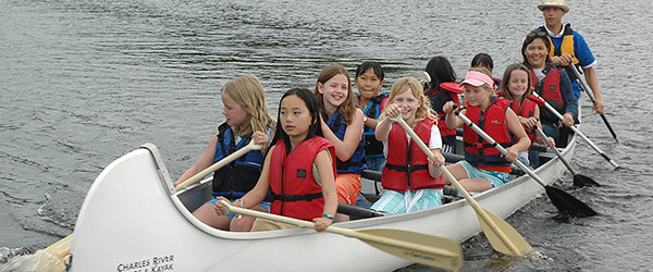 groups-header-ten-person-canoes