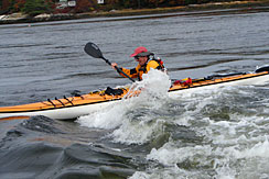 small-paddling-deslowerhellgate