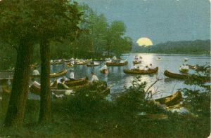 moonrise-from-waltham-riverfest